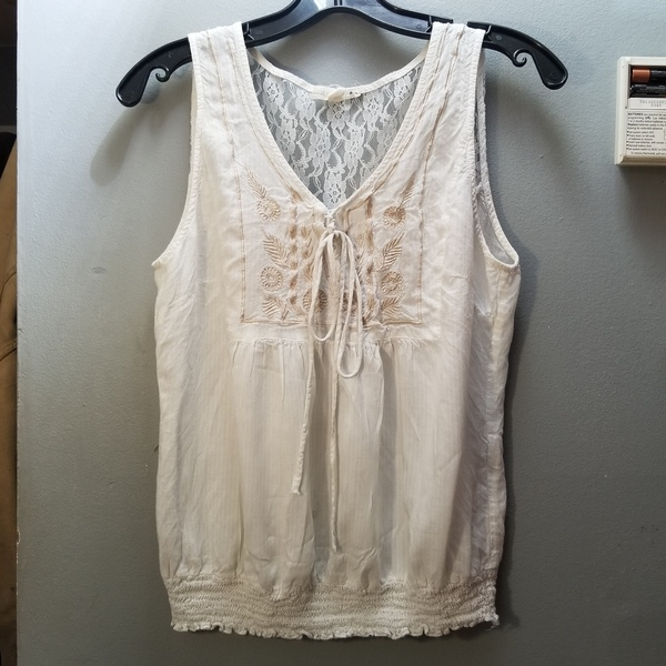 Anthropologie Top M/L is being swapped online for free