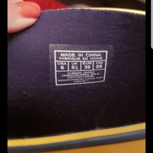 Ralph Lauren Polo Rainboots - size 6 is being swapped online for free
