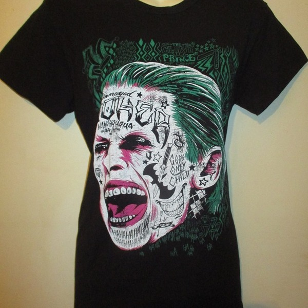 Awesome Joker ( SUICIDE SQUAD ) t-shirt  is being swapped online for free