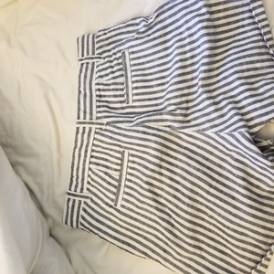 Super cute pinstripe Gap shorts is being swapped online for free