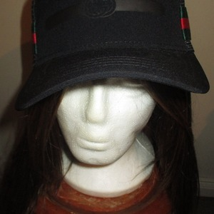Replica GUCCI HAT (But Very well Made !) is being swapped online for free