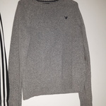 American Eagle Sweater is being swapped online for free