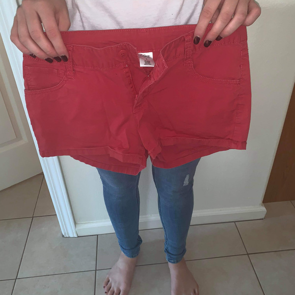 Cute Coral shorty shorts  is being swapped online for free