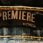 PREMIER RUE 21 SUPER CUTE RIPPED JEANS MISSES SIZE 7  is being swapped online for free