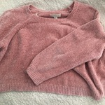Fuzzy Pink Sweater is being swapped online for free