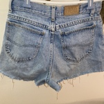 vintage shorts is being swapped online for free