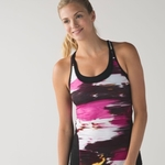 Lululemon 'Cool Racerback' Tank size 4 is being swapped online for free