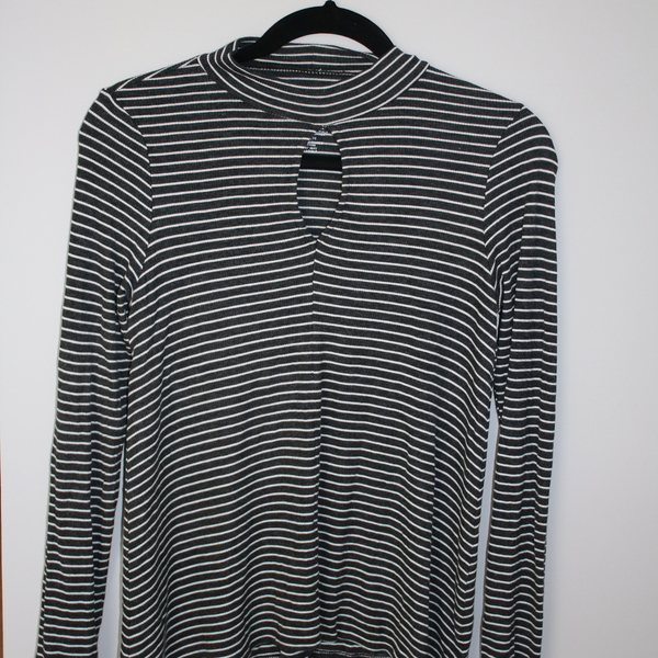 American Eagle Striped Long Sleeve Shirt with Keyhole  is being swapped online for free