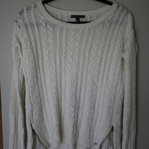 American Eagle Sweater - Creme is being swapped online for free