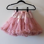 Rosy Tutu is being swapped online for free