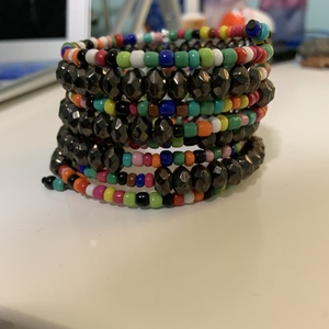 Beaded Bracelet is being swapped online for free