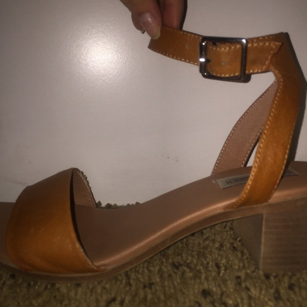 Steven madden burnt orange sandals, size 8 is being swapped online for free