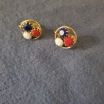 Vintage clip on earrings  is being swapped online for free