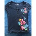 Aeropostale Blue Henley Top With Flowers Size Large is being swapped online for free