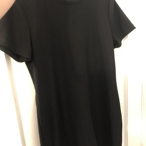 Black Zara t shirt dress  is being swapped online for free