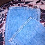 Women's American Eagle Jeans Size 4 is being swapped online for free