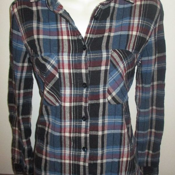 Cute Womens plaid flannel  is being swapped online for free