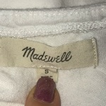 Madewell White Tee Sz S is being swapped online for free