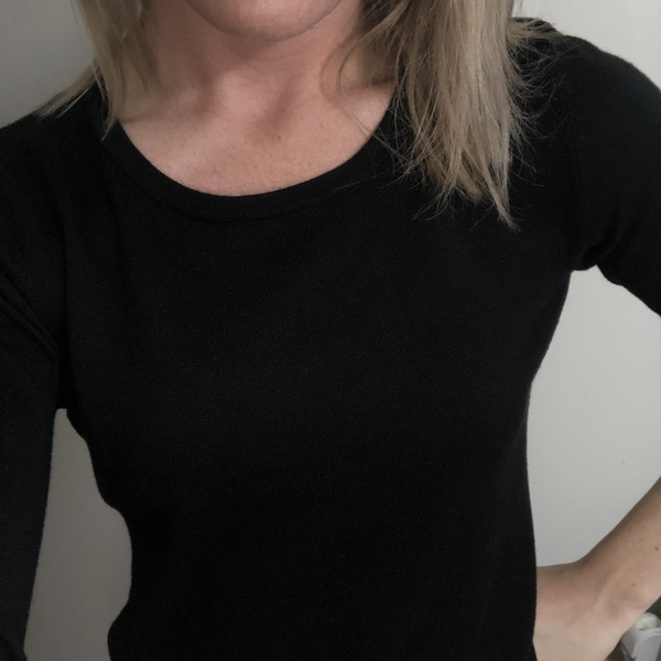 Small black cardigan - form fitting is being swapped online for free