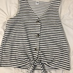 XS old navy button tie front tank is being swapped online for free