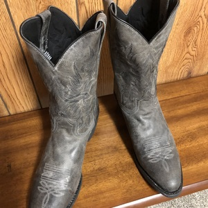 Grey Laredo Harding round toe boots #68457 is being swapped online for free