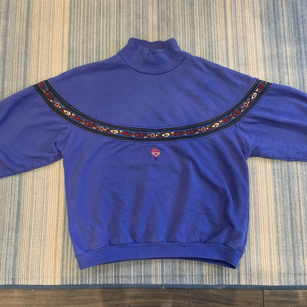 80s Quicksilver turtleneck sweater is being swapped online for free