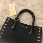 Micheal Kors Leather Mercer Messenger/Hand Bag is being swapped online for free