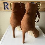 7.5 Lace Up Suede Heels is being swapped online for free