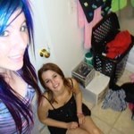 Draylyn and krystal W is swapping clothes online from Buena Park, CA