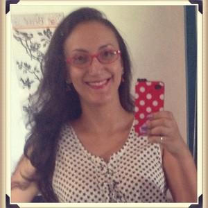 Emerencia is swapping clothes online from Teresina, Piaui