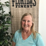 boomersmother52 is swapping clothes online from ORLANDO, FL
